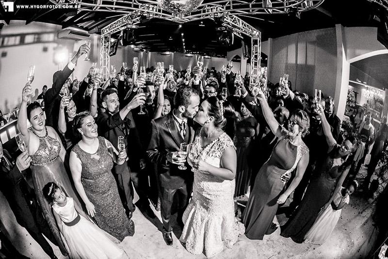 80 fotos de casamento à noite na Chácara Dona Anna! 50