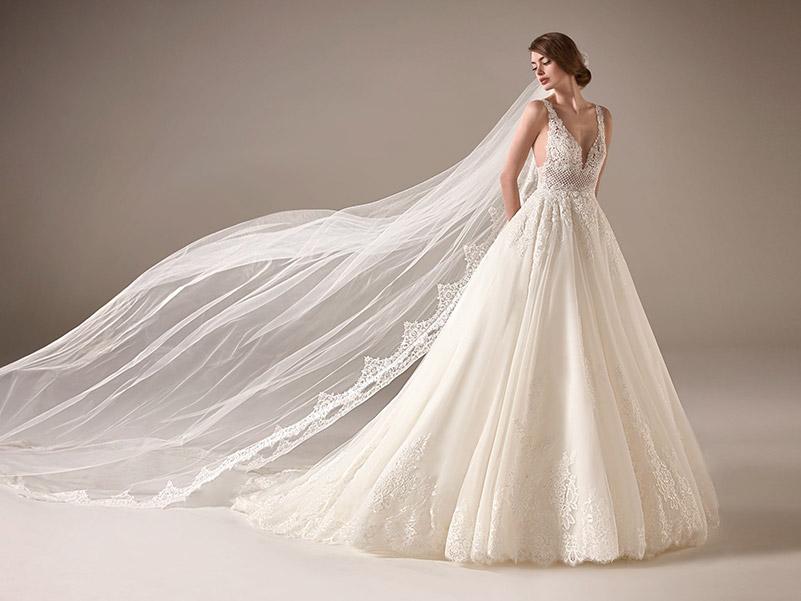 8 Tipos de Vestidos de Noiva Para Cada Corpo! 17