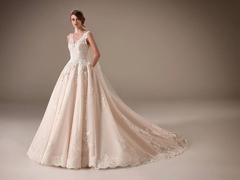 8 Tipos de Vestidos de Noiva Para Cada Corpo! 18