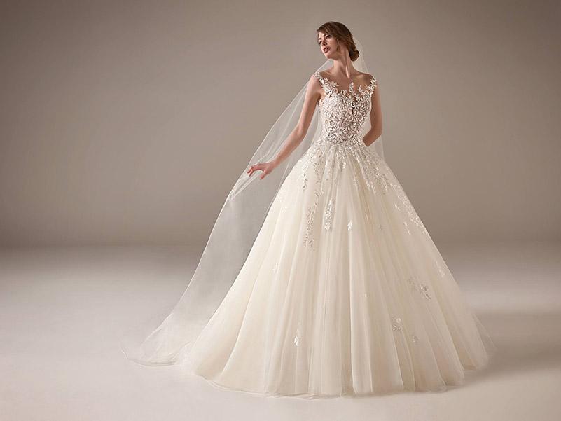 8 Tipos de Vestidos de Noiva Para Cada Corpo! 19