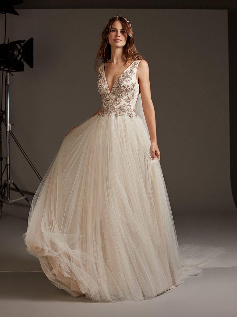 8 Tipos de Vestidos de Noiva Para Cada Corpo! 10